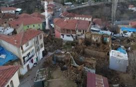 Malatya'da 5 bin 77 konut ağır hasarlı!
