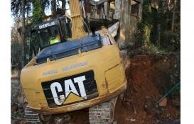 Kartal'daki 101 riskli metruk bina yıkıldı!