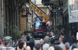 Beyoğlu'nda riskli binanın yıkımı tamamlandı!