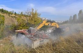 Ankara'da 2 bin 872 gecekondu yıkıldı!