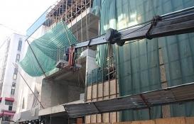 İzmit Kızılay İş Merkezi'nde yıkım başladı!