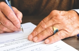 Miras hukuku emekli maaşına tatbik edilir mi?