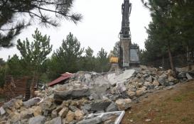 Bursa'da kaçak ev oyunu yıkımla bitti!
