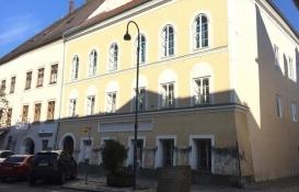 Adolf Hitler'in doğduğu ev polis merkezi olacak!