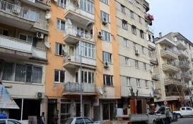 Manisa Şehzadeler'de 7 katlı hasarlı bina tahliye edildi!