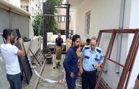 Bakırköy'de asansör kazası: 4 işçi yaralandı!
