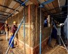 İngiltere'de saman evler yapılıyor!