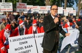 Balçova arsa mağdurlarından noel baba kıyafetli protesto!