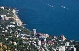 Vladimir Putin'den yeni kararname: Yabancılar Kırım'da arazi satın alamayacak!