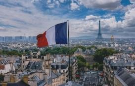 Fransa'da evsizler için otel imkanı sunulacak!