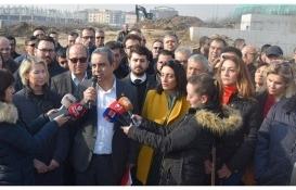 İsmet Karaca: Bursa Şehir Hastanesi açılsın diye mi 3 hastane kapatıldı?