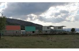 Salda Gölü'nün halk plajı yakınında konteyner evler yapılıyor!