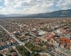 Erzincan'da inşaat boşluğuna düşen kamyon doğalgaz borusunu patlattı!