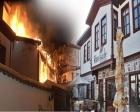 Ankara Hamamönü'ndeki tarihi konakta dün gece yangın çıktı!