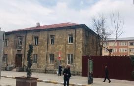 Van'daki eski tekel binası kültür evine dönüştürülüyor!