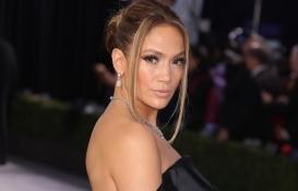 Jennifer Lopez Los Angeles'a taşınıyor!