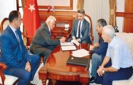 Turgut Özal'ın terzisi Yusuf Kenan Malatya'ya okul yaptırıyor!