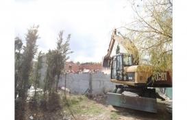 Büyükçekmece'de 10 kaçak yapı daha yıkıldı!