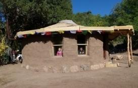 1500 TL'ye kendi evini yaptı!