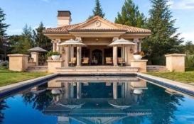 Ajda Pekkan Zekeriyaköy'deki villasını 20 milyona satıyor!