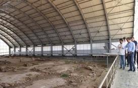 Kilis Valisi Recep Soytürk hastane inşaatını inceledi!