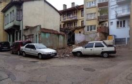 Bursa Osmangazi'de metruk binalar yıkılıyor!