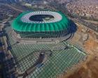 Bursa Büyükşehir Stadı'nın zemini tamamlanıyor!