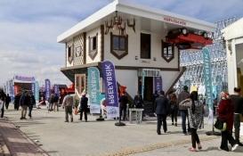 Konya'daki iki katlı ters villaya yoğun ilgi!