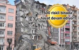 Ev sahipleri hasarlı binalarına 'güvenli' diyor!