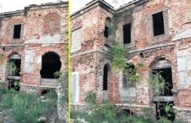 Khorenyan Ermeni İlkokulu binası restorasyon bekliyor!