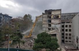 Çapa Tıp Fakültesi'nin binasında yıkım başladı!