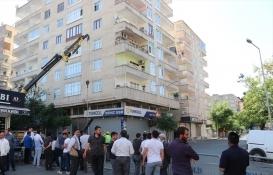 Diyarbakır'da çökme tehlikesi olan binada güçlendirme çalışmaları başladı!